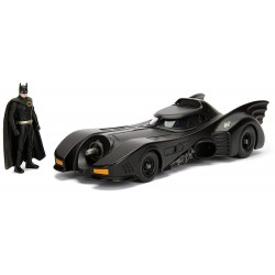 REPLIQUE DC COMICS BATMOBILE ET BATMAN 1:24 - Figurines au prix de 29,95 €