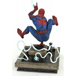 FIGURINE SPIDERMAN 90S PVC DIAMOND DIORAMA MARVEL GALLERY - Figurines au prix de 59,95€