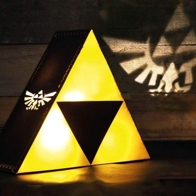 LAMPE ZELDA TRIFORCE 20 CM - Lampes Décor au prix de 29,95€