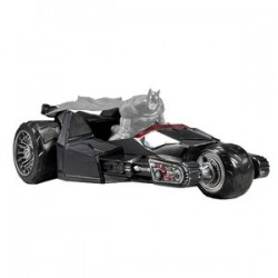 REPLIQUE BAT RAPTOR DC UNIVERSE 30 CM - Figurines au prix de 34,95€